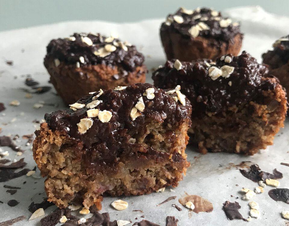 Recept ontbijt muffins met kaneel en chocoladesaus | Chocolade Zusjes